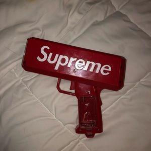 Supreme Money Gun